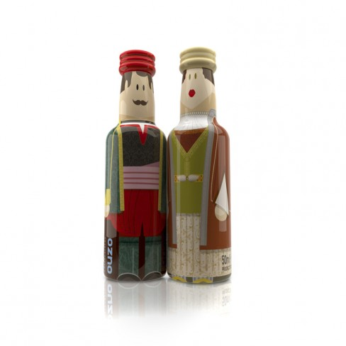 Cyclades Couple gogreek® Οuzo Miniatures (2x50ml) Traditional Costumes