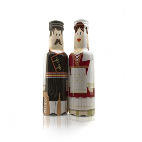 Mykonos Couple gogreek® Οuzo Miniatures (2x50ml) Traditional Costumes